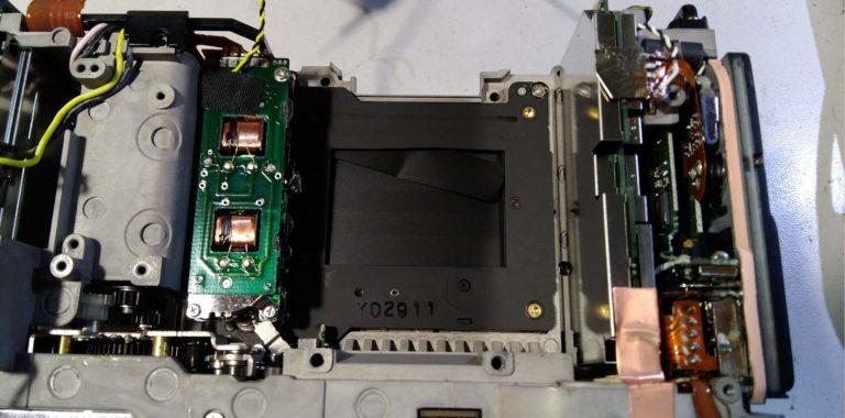 Ремонт Canon 1DS Mark 2. Замена ламелей затвора