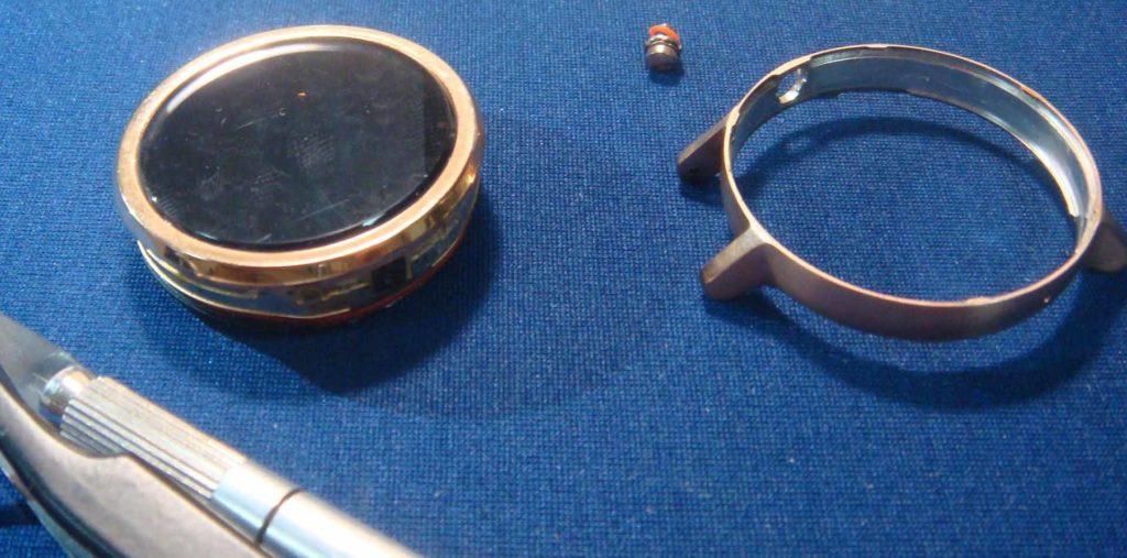 Ремонт smart watch Motorola 360