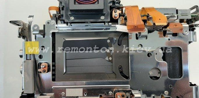 Ремонт фотоаппарата Canon 5D MII - замена ламелей затвора