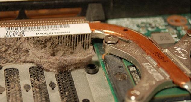 Чистка и замена термопасты ноутбука
