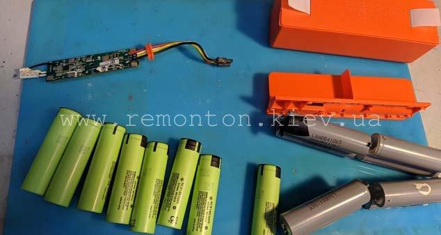 Замена аккумуляторов пылесоса робота Xiaomi